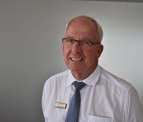 Dennis Lean